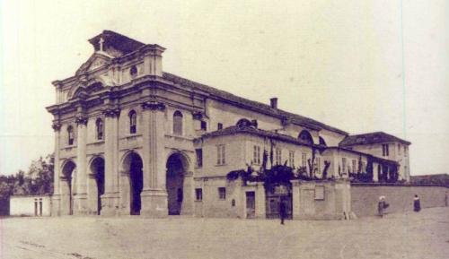 9 Chiesa dei SS. Bernardo e Brigida nel 1901